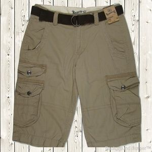 Roebuck & Co. NWT Cargo Shorts w/Belt Size 30 Mens